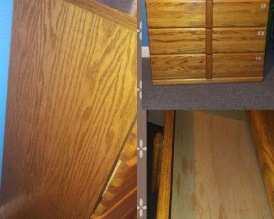 100%  wood Brown dresser