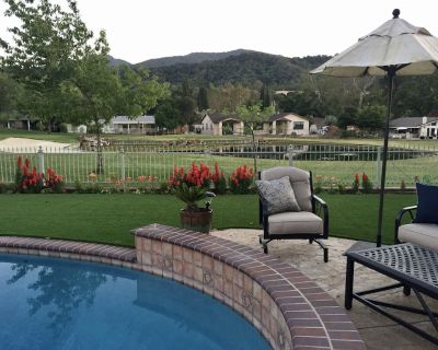 On the Golf Course Home w amazing views! - Country Club