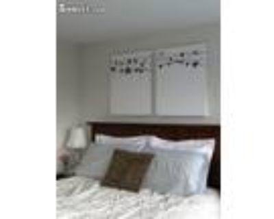 2 Bedroom In Denver CO 80204