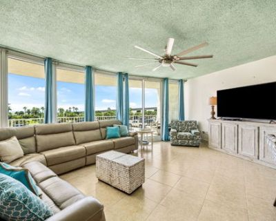 Newly Updated Caribe Resort Unit B213