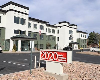Boxer - 2020 N Academy Blvd