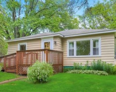 1803 Ashland St, Hastings, MN 55033 3 Bedroom Apartment