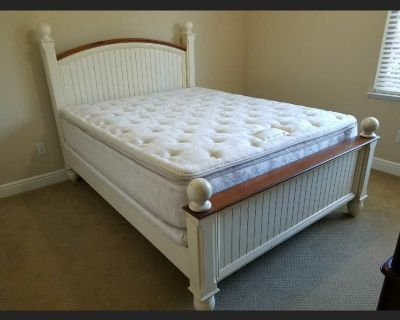 Queen Size bed with pillow top mattess