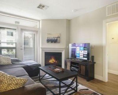 200 W Wilson Ave #2610, Glendale, CA 91203 1 Bedroom Condo