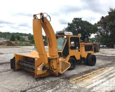 2004 Trackless Vehicles Limited MT5TD Tractor