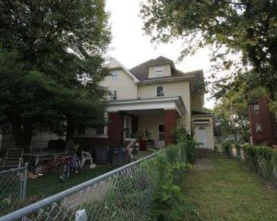 1421 Culver Dr #B, Evansville, IN 47713 3 Bedroom Apartment