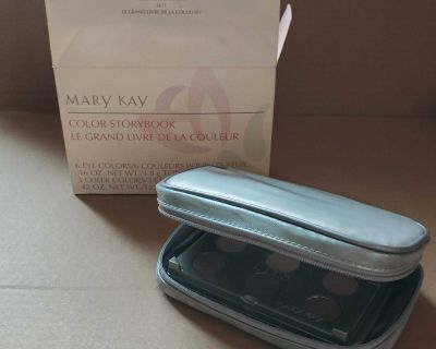 Mary Kay color storybook makeup case