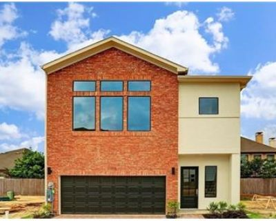 3 bedrooms House - A brand new lovely 3 Bed 2 1/2 bath home in the gated community. Pet OK!