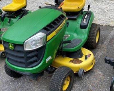 2012 JOHN DEERE D100 Tractors