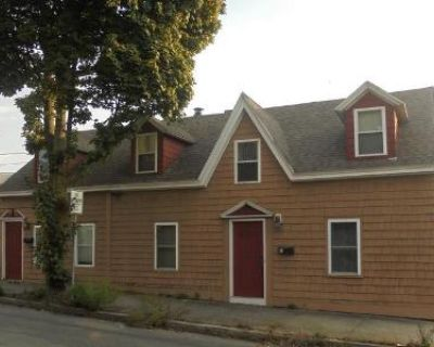 2 Bed 1 Bath Foreclosure Property in Peabody, MA 01960 - Aborn St