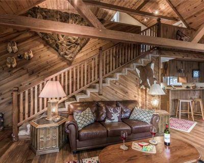 Antler Crossing - Two Bedroom Cabin - Ruidoso