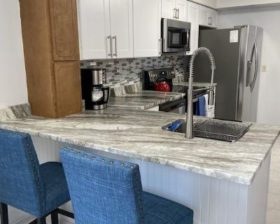 Newly updated cabin-style duplex unit on a treed lot at Bethany Beach! - Bethany Beach