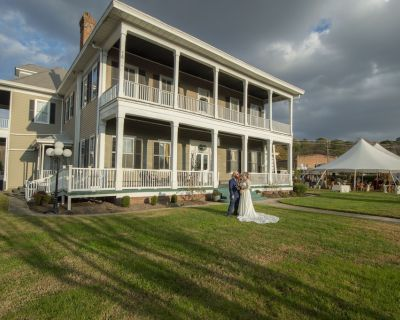 Historically Registered Southern Mansion 5 miles from Busch Gardens Williamsburg - North Newport News