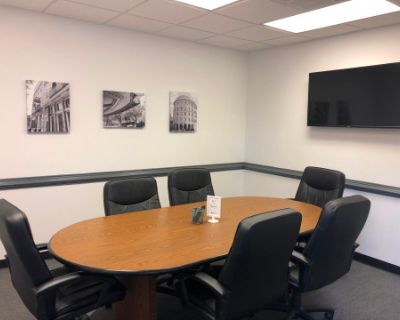 Professional Meeting Room Close to Olde Towne Portsmouth, Portsmouth, VA