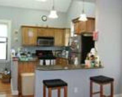 Renovated Duplex 4 Bedroom!!!