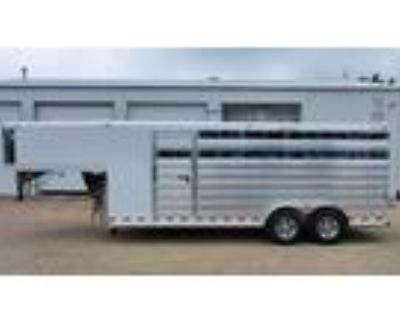 2022 Twister 4H 20' stock slant load w/front tack - ON ORDER 4 horses