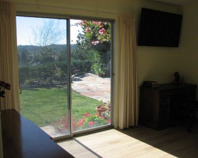 Large Master Bedroom Suite (Encino)