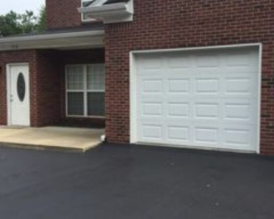 7216 Correll Place Dr, Louisville, KY 40228 2 Bedroom Condo