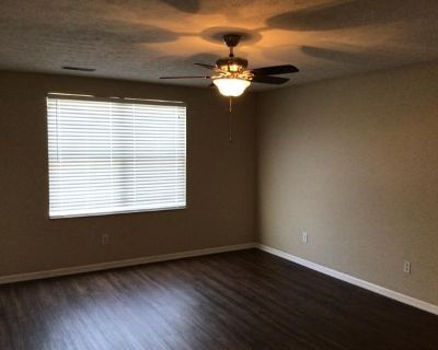 $450 per month room to rent in Maineville available from August 31, 2021