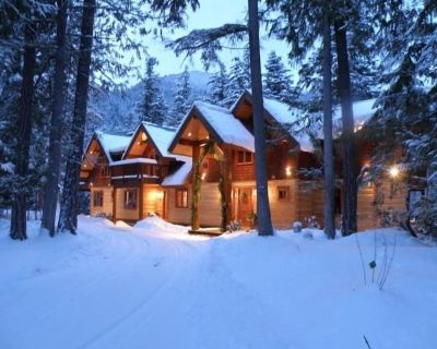 Drumkeeran House - Magnificent Lakefront and Mountain Log Lodge - 5 Star Luxury - Squamish-Lillooet Regional District