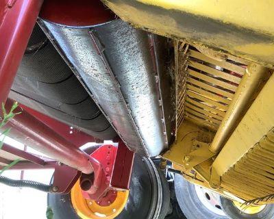2008 New Holland BR7060 - Round Baler