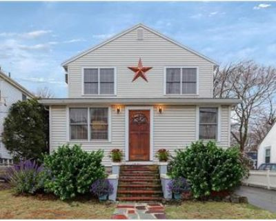 BEAUTIFUL 3- Bed POOL HOUSE FOR RENT IN ARLINGTON