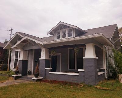 Beautifully renovated Craftsman house - Jackson