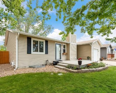 Private room with shared bathroom - Arvada , CO 80005