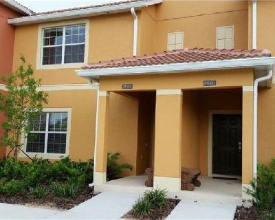 GREAT LOCATION PROFESSIONALLY DECORATED LUXURY TOWNHOME