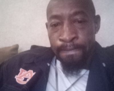 Christopher R is looking for a New Roommate in Atlanta with a budget of $900.00