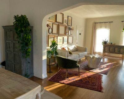 1920's Apartment with Plants, Beautiful Natural Light, Persian Rugs, Art, Frames, Antiques, Vintage and Rustic furniture, los angeles, CA