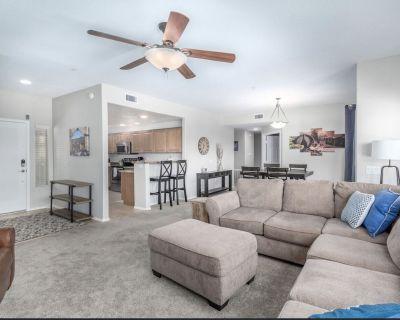 Greenbelt condo at Village at Grayhawk, 3 bedroom 2 baths. Close to pool!! - North Scottsdale