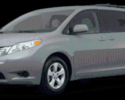 2017 Toyota Sienna XLE 8-Passenger FWD