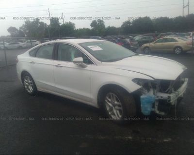 Salvage White 2015 Ford Fusion