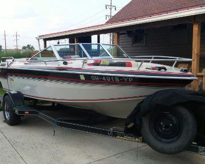 1986 Chris Craft 17' Boat