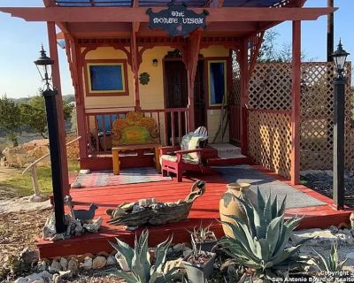 Charming Clifftop Cabin Getaway With Fab Hill Country Views - Pipe Creek