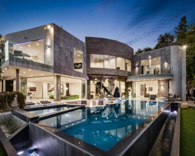 Modern Architectural Masterpiece In Prime Bel Air, Los Angeles, CA