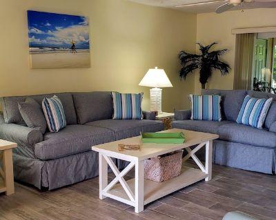 STEPS FROM THE BEACH,POOLS,TENNIS,2BR/2BA VILLA,CLEAN,QUIET,WIFI,5 STAR REVIEWS - St. Augustine Beach
