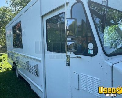 Used 1997 GMC Empty Step Van / Completely Gutted Food Truck