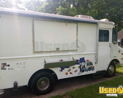 Retired SWAT Truck Mobile Kitchen Conversion / Food Truck