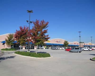 Airline Marketplace - Retail Space for Lease