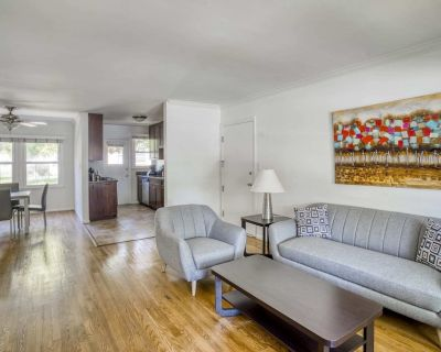 Stay Gia - Modern 2 Bedroom Apartment - LAX - Westchester