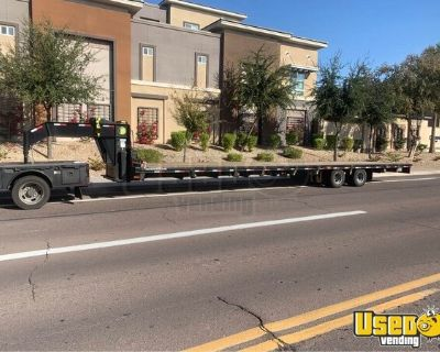 2020 Gatormade 40' Gooseneck Flatbed Trailer and 44' Container Trailer