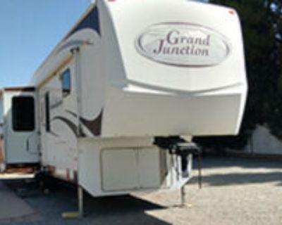 Grand Junction 2008, 35 ft. TMS, Gooseneck travel trailer, Self