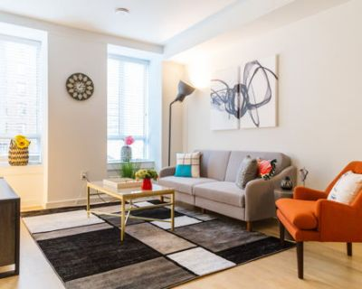 Center City Luxury King Bed 2 bed/ 2bath