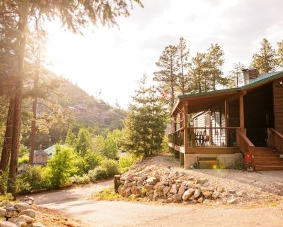 Three Bears Cabin - Year Round - Pet and Kid Friendly 3 Bed/2 Bath Mount Lemmon - Summerhaven
