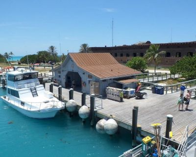YKNOT CHARTERS, ON AND OFF DOCK CHARTERS - Stock Island