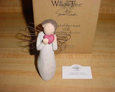New Willow Tree Angel Of the Heart Sculptured Hand-Painted Resin Figure. For Those Who Love & Are Loved. An Angel In Cream Dress & Wire...
