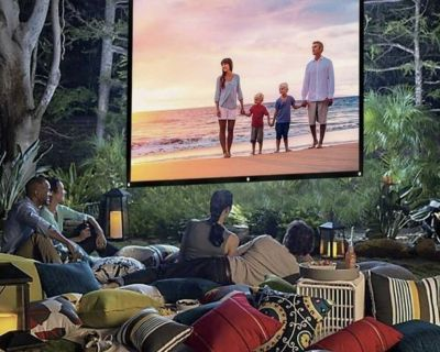 Movie projection screen