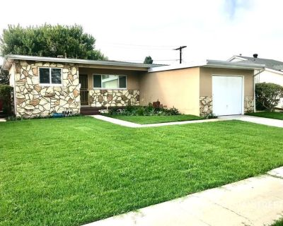 Completely Remodeled House w/New Kitchen+Hwd Flrs+Shaded Patio & Large Yard+Attached Garage